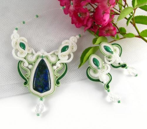 Biżuteria do ślubu z sutaszu