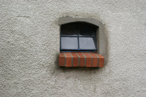 Unikalne wymiana starego okna na.... starsze ;p - Przebudowy i remonty PR76