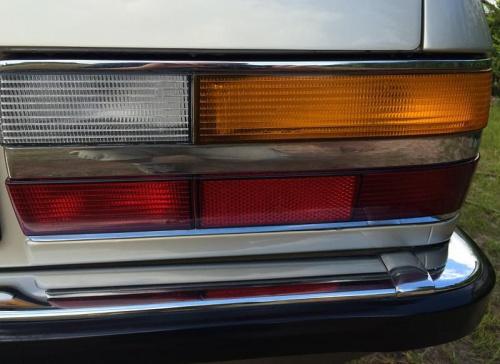 BMW 525E tylna lampa plus zderzak, chromy #BMW525e #BMWE28 #ETA