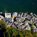 AUSTRIA .... Hallstatt - ryneczek #Austria #Hallstatt #zabytki #zwiedzanie #podróże #woda #CZARNYRYCERZ #kamper