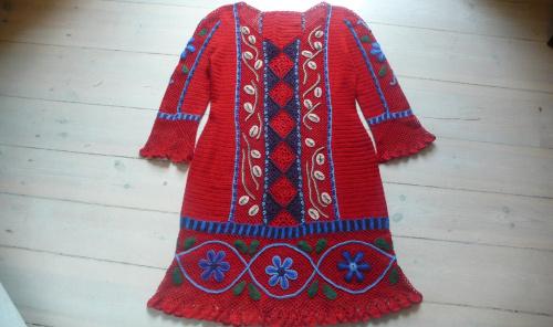 peruwiańska na czerwono #SukienkaPeruwińska #SukienkaZKordonka #szydełko
