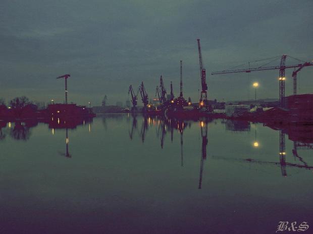 ... #Gdańsk #morze #stocznia